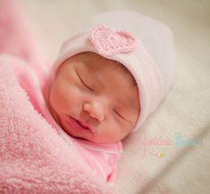 Baby girl hat newborn hospital hat newborn by InfanteenieBeenie