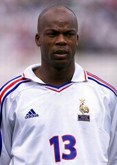 Francia 2002 Lilian Thuram, Fabien Barthez, David Trezeguet, Patrick Vieira, Thierry Henry, Zinedine Zidane, France