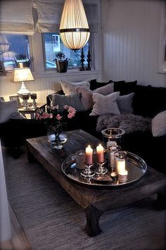 Cozy Living Room...LOVE the coffee table!