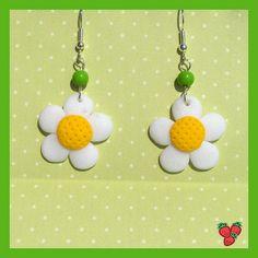flower earrings, cute :)