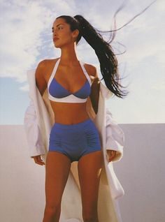 A Place In The Sun - Marie Claire UK (1995) Yasmeen Ghauri by Marc Hispard 90s Fashion, Fashion Models, Vintage Fashion, Fashion Hair, Female Fashion, Style Fashion, Original Supermodels, 90s Models, Vintage Swim