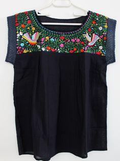 embroidered navy blue mexican blouse made in oaxaca/ mexican embroidered ethnic blouse / boho hippie folk tunic / blusa mexicana bordada de ChiapasbyJUBEL en Etsy