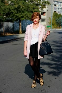 Ivelina from FriChic Blog is wearing our Susan 2 Hairon Leo - We love your outfit !  http://www.frichic.com/2013/10/pinko.html