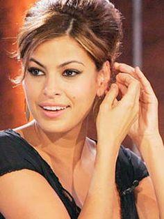 eva-mendez... i just wish i looked like her. absolutely beautiful!