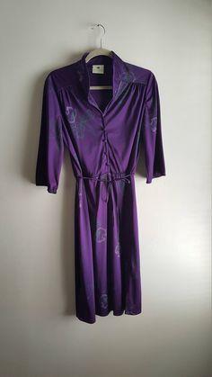 Vintage Queen's Row Inc Pretty Plum Floral Novelty Print Midi Dress / Vintage Size 14 / Modern M/L / Women's Vintage Dress by JulesCristenVintage on Etsy