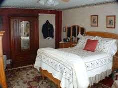 """The """"Union Room"""" at Hallauer House Bed & Breakfast in Oberlin, Ohio.  Great place!"""