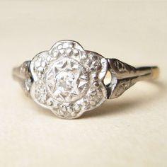 Art Deco Diamond Flower Ring Vintage 18k Gold