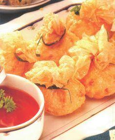 EKKADO   Resep ala Hoka Hoka Bento Asian Recipes, New Recipes, Cooking Recipes, Healthy Recipes, Crepes, Indonesian Cuisine, Indonesian Recipes, Waffles, Frozen Seafood