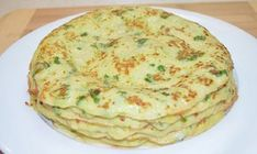 Zucchini Pancakes - deserve my love! It was very tasty, and I advise you to enjoy your meal! Cookbook Recipes, Raw Food Recipes, Vegetable Recipes, Cooking Recipes, Zucchini Pancakes, Russian Recipes, Light Recipes, Food Dishes, Food To Make
