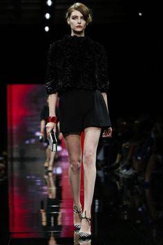 Giorgio Armani Privé Couture Fall Winter 2014 Paris - NOWFASHION