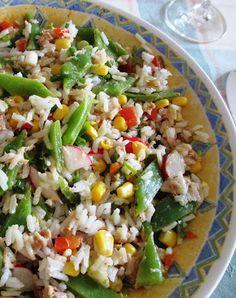 Lauwwarme rijstsalade met tonijn - http://www.volrecepten.nl/r/lauwwarme-rijstsalade-met-tonijn-964509.html