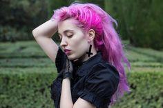 Black&Pink - Model: Littlemirror by nachosalgado.net