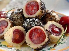 Ovocné knedlíky můžeme hrdě považovat za národní specialitu, která je pro nás téměř synonymem léta. Sushi, Cheesecake, Pasta, Cooking, Ethnic Recipes, Desserts, Food, Food Food, Kitchen