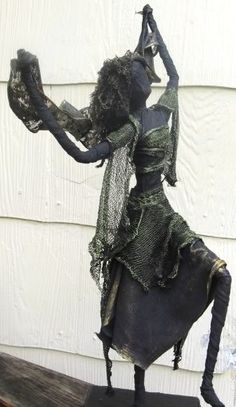This is a fabric sculpture using paverpol fabric hardener.