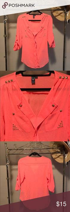 Coral Gold Studded Blouse This top is a beautiful bright coral color with a few gold studded accents. Has buttons all down the front and to roll up the sleeves. Pair with a dark denim or tuck into a fun skirt! Comes from a non-smoking and one (adorable 🐶) hypoallergenic dog home. Any questions please ask 😄 WINDSOR Tops Blouses