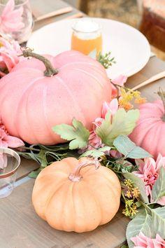 Kara& Party Ideas Fall Pumpkin Floral Blush Tablescape (+ Pumpkin Cheesecake Recipe) & Kara& Party Ideas Source by fekonstantaggio Pumpkin 1st Birthdays, Pumpkin First Birthday, Baby In Pumpkin, Little Pumpkin, Pink Pumpkin Party, Fall Pumpkin Wedding, Pink Pumpkins, Fall Pumpkins, Baby Shower Fall