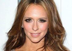 Jennifer Love Hewitt Net Worth Revealed