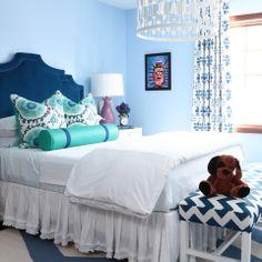 I spy our Leona Pendant in white! http://www.highfashionhome.com/leona-pendant-silver.html #alishagwen #interiordesign #pendantlamp #colorfulbedroom