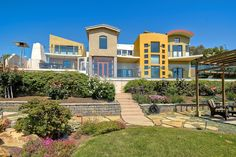Amazing Contemporary OCEAN VIEW HOMES IN OLD CARLSBAD FOR SALE @ 3333 Highland Drive, Carlsbad