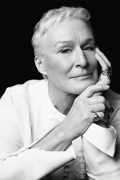 Glenn Close, by Jeff Riedel for Variety Hollywood Icons, Hollywood Glamour, Hollywood Stars, Vintage Movie Stars, Vintage Movies, Celebrity Portraits, Celebrity Photos, Meryl Streep, Current Movies