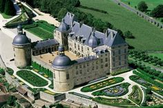 """Chateau de Hautefort (the Movie """"Ever After"""" was filmed here)"""