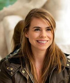 I want to BE her. Or at least be as GORGEOUS as her! #billiepiper tell me your secrets!