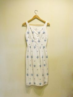 1960s Dress / Vintage White & Blue Embroidered Floral Wiggle Dress
