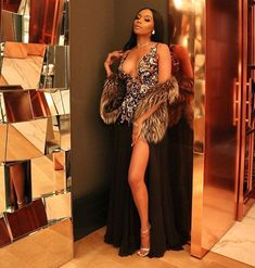 Bonang Matheba Look Stunning In A Bedazzled Plunging Dress South African Fashion, Africa Fashion, Sexy Dresses, Formal Dresses, Plunge Dress, Hot Outfits, Elegant Outfit, Looking Stunning, Everyday Outfits