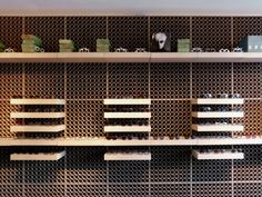 modules MDF with recycled cardboard tubes cut edge and a system of movable shelves are inexpensive and flexibility