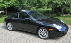 2003 911 (996) Carerra: 1 owner and just 25,000 kms from new! Highly optioned including Sport exhaust from new. To be offered at the Toronto Fall Classic Car Auction on Sunday October 28. Presented by Collector Car Productions, www.ccpauctions.com
