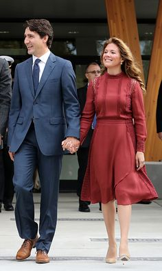 After welcoming Will and Kate to Canada the previous day, Sophie stepped out on Sept. 25 in a flowy Tanya Taylor dress with lace detail to accompany the royal couple during their engagements in Vancouver. She paired the elegant dress with a pair of Ron White pumps and Anzie earrings. <br><br>Photo: © Getty Images Jessica Mulroney, Ron White, Royal Beauty, Power Couples, Popular People, First Lady Melania, Justin Trudeau, Fall Outfits For Work, White Pumps