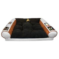 Star Trek Dog Bed - Captain's Chair - Command the Enterprise with your Dog - S / M Star Trek http://www.amazon.com/dp/B00H7DR1Q4/ref=cm_sw_r_pi_dp_saclvb0PPXZ33