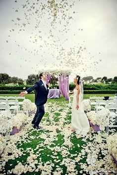 Spring Wedding Ideas - Ideas for Spring Weddings | Wedding Planning, Ideas Etiquette | Bridal Guide Magazine