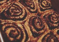 Fitt kakaós csiga | drkissnora receptje - Cookpad receptek Healthy Baking, Healthy Recipes, Winter Food, Fitt, Cake Recipes, Paleo, Food And Drink, Low Carb, Sweets
