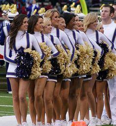 Huskies cheerleaders | washington huskies cheerleaders | Flickr - Photo Sharing!