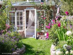 Маленькие красивые дачные домики&; :)… | Панель идей