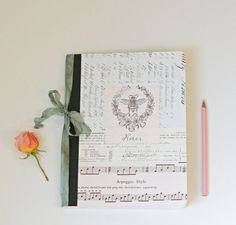 Composition Notebook journal bee and wreathNotes by Tesorobella