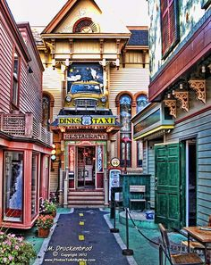 Route 66 Restaurant, Bar Harbor Maine. Seen it but haven't gone in