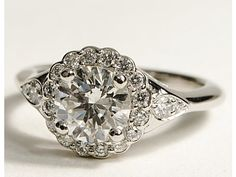 don't like the side diamonds but the middle is gorgeous!