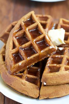 Gingerbread Pumpkin Waffles! Richly spiced with cloves, nutmeg, cinnamon and ginger, these waffles get an additional boost of flavor from finely diced candied ginger. Don't miss these waffles! #ad ❤ with rum :)