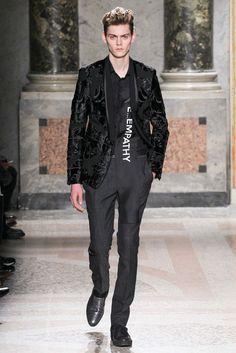 Roberto Cavalli Fall 2015 Menswear Fashion Show