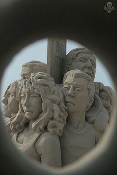 Sand Sculpting: Carl-Jara-2013TexasSandFestGold