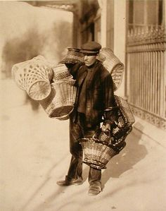 Marchand de panier, 1899/1900 | Photograph by Eugene Atget | Old Pictures, Old Photos, Vintage Photos, Eugene Atget, Berenice Abbott, Old Paris, French Photographers, Museum, Documentary Photography
