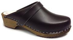 AM-Toffeln 100 Wooden Clog in brown leather - Size 35 World of Clogs.com http://www.amazon.com/dp/B005CB6RGI/ref=cm_sw_r_pi_dp_aSH-ub18R72FE