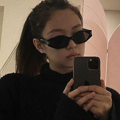 Kim Jennie, Kpop Girl Groups, Kpop Girls, My Girl, Cool Girl, Kim Jisoo, Black Pink Kpop, Blackpink Photos, Blackpink Fashion