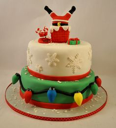 Creative_Cakes_By_Allison_Santa_cake by Creative Cakes by Allison, via Flickr