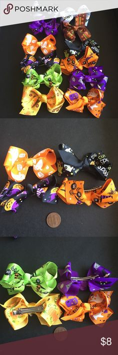 """Set of 4 Spooky bow clips 👻🎃 Beautiful and vibrant ribbon hair bow - sold as a minimum of 4 - you can mix or match or buy as a pair 💕comment which color combination you would like  each color/design is available in limited quantity so order soon 💕  the quality of ribbon is very good; alligator clips at bottom 💕 2 to 2.25"""" span  ✅ bundle different baby accessories and save! Ask me for custom bundles!  ✅ Set of 4 clips is $8 ✅ Set of 8 clips is $15 ✅ Set of 12 clips is $20 Accessories…"""