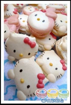 Hello Kitty and My Melody macarons!