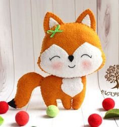 DIY Adorable little felt fox ( free pattern ) // Aranyos kicsi róka filcből ( ingyenes szabásminta ) // Mindy - craft & DIY tutorial collection