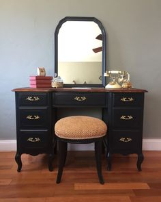 vanity desk no mirror. SAMPLE PIECE ONLY  Vintage French Provincial Vanity Desk with Mirror and Stool Thrift Score Thursday No 127 Vanities Gold Black